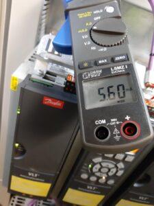Pomiar prądu w ekranie przewodu PROFIBUS